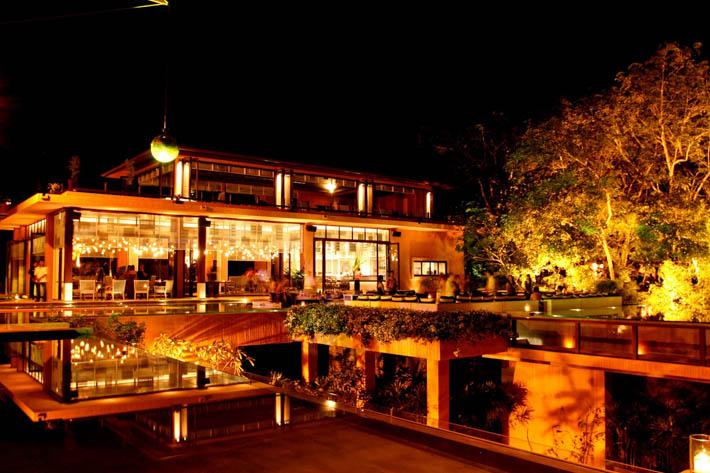 SriPanwa斯攀瓦酒店Baba Pool Club泳池餐厅