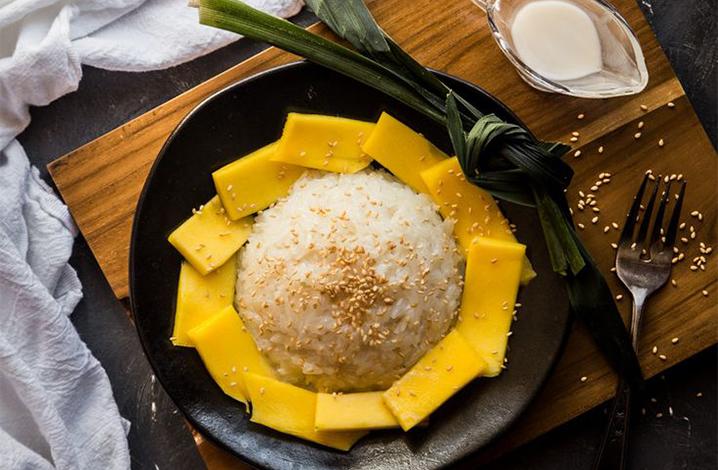 泰国的甜品芒果糯米饭