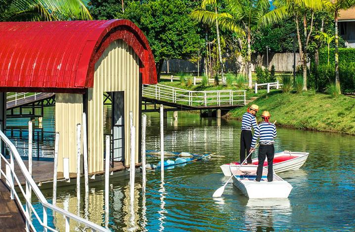 拜县度假酒店指南 伊亚派度假村(The Oia Pai Resort)