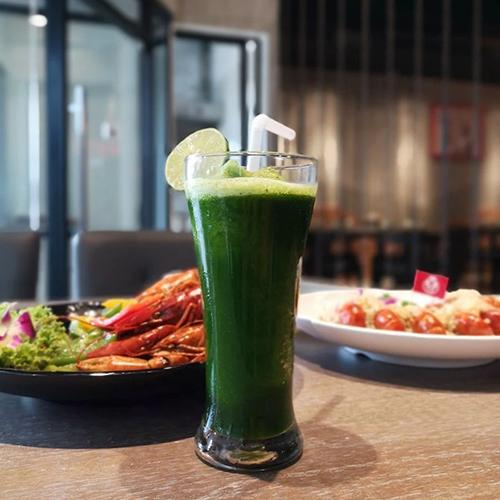 沪小胖小龙虾,在曼谷吃到上海的网红小龙虾只要299铢!