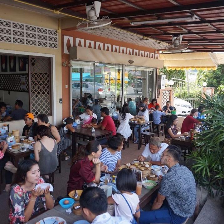 普吉岛上传统的中式点心店dim sum
