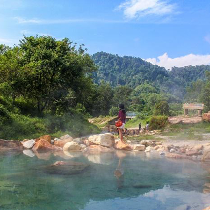 攀牙府Plai Poo溫泉,城市陰雨連綿不如泡一泓溫泉
