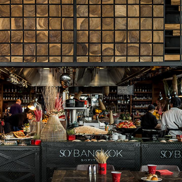 曼谷红炉餐厅(Red Oven),来一场奢华的美食盛宴!