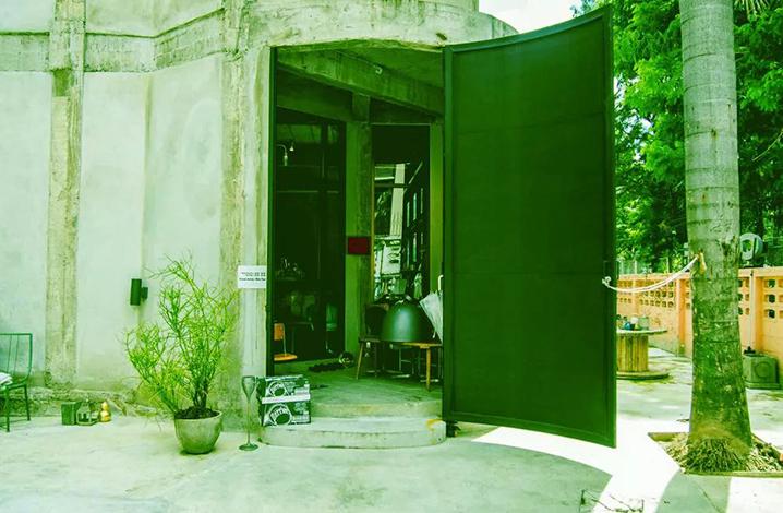 曼谷WWA x Chooseless咖啡馆,惊掉下巴的实力怪咖