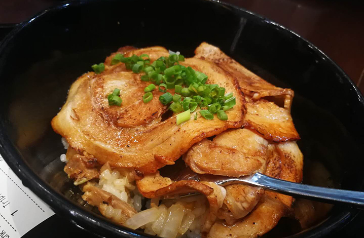 清迈central festival商场这家米其林大厨,有最正宗的日本拉面